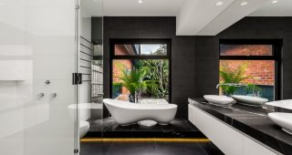 Black and White Bathroom: Great Decision for an Eye-Catching Bathroom