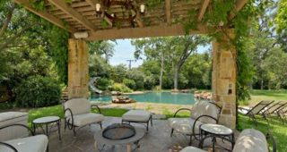 Patio Furniture for Outdoor Dining and Seating