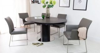 Black Extendable Dining Tables and Chairs